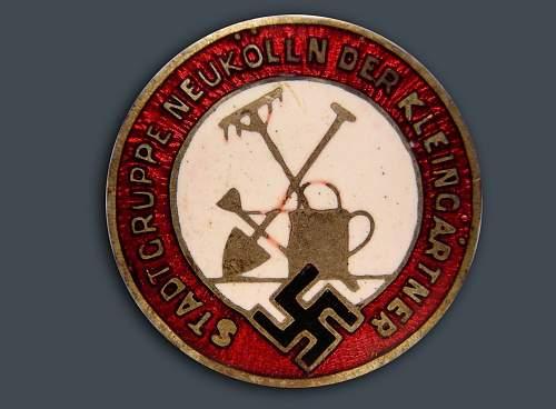 Intestine & Guts distributor badge