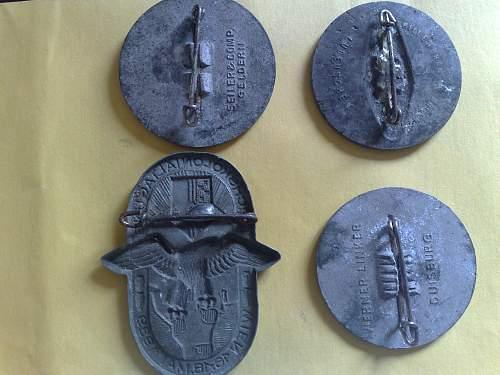 Tinnies/Day Badges