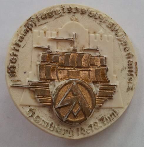 Unknown 1939 German Pin. Help!
