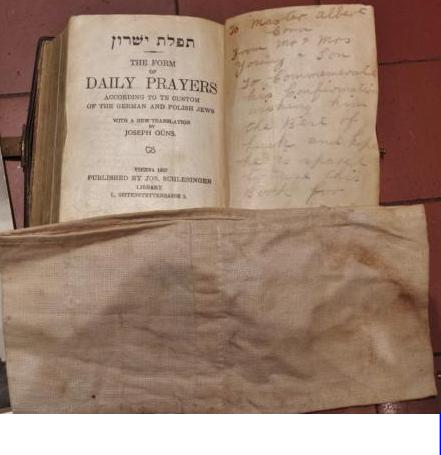Dutch JOOD armband and Torah.