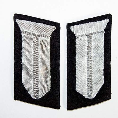 RAD collar tabs.