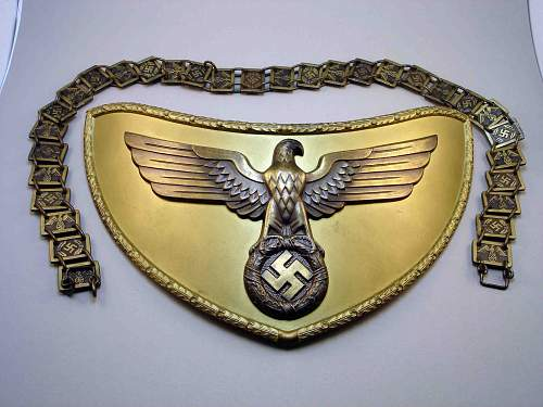 Click image for larger version.  Name:NSDAP Gorget Front 1.jpg Views:220 Size:180.0 KB ID:684280