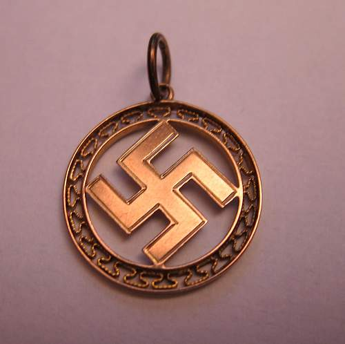 Click image for larger version.  Name:pendant.jpg Views:14 Size:199.3 KB ID:702766