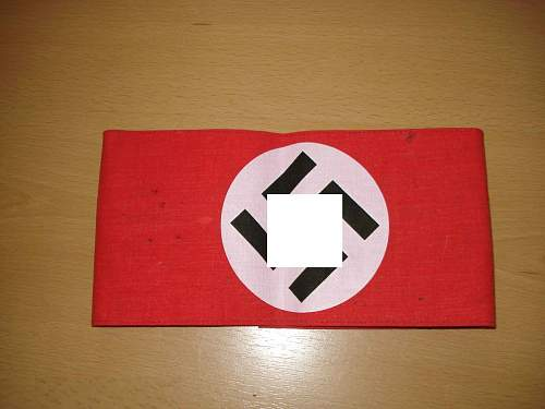 Some Adolf Hitler and nazi stuffs - whats this