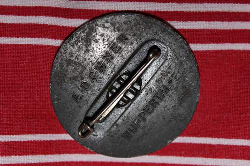 nskov badge with zinc pest?