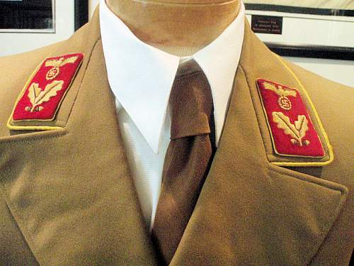 Click image for larger version.  Name:REICHSLEITUNG BEREICHSLEITER DOUBLE BREASTED TUNIC 002.jpg Views:207 Size:129.8 KB ID:7389
