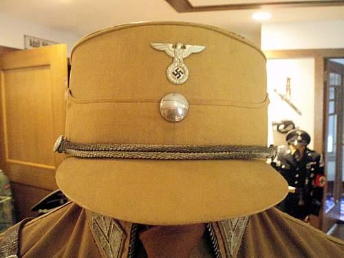 Click image for larger version.  Name:1ST PATTERN NSDAP UNIFORM 002.jpg Views:686 Size:107.4 KB ID:7837