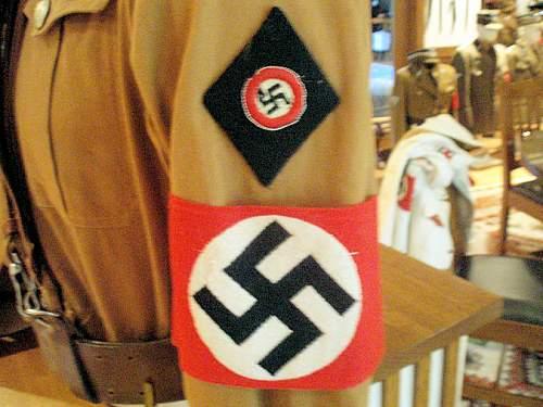 Click image for larger version.  Name:1ST PATTERN NSDAP UNIFORM 005.jpg Views:837 Size:132.5 KB ID:7839