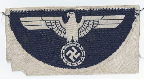 Click image for larger version.  Name:Kriegsmarine  small 2nd patern sport shirt eagle back  (2) (800x439).jpg Views:43 Size:144.6 KB ID:810414