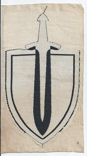 Click image for larger version.  Name:Reichswear large sword and shield back 5.jpg Views:20 Size:224.6 KB ID:810471