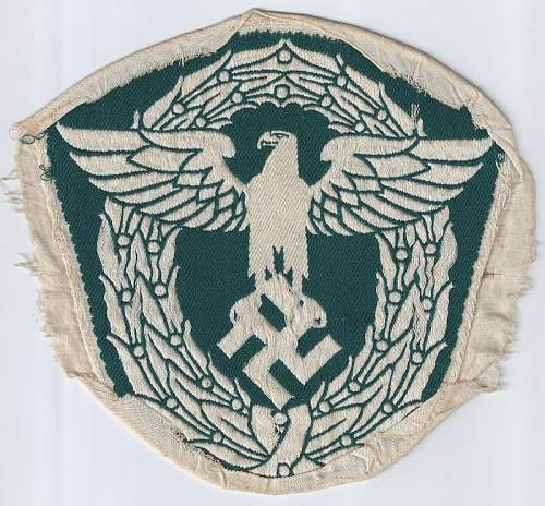 Click image for larger version.  Name:Police 1st pattern dark green large back (800x742).jpg Views:12 Size:90.7 KB ID:811111