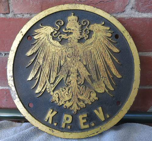 WW1 & WW2 train eagles