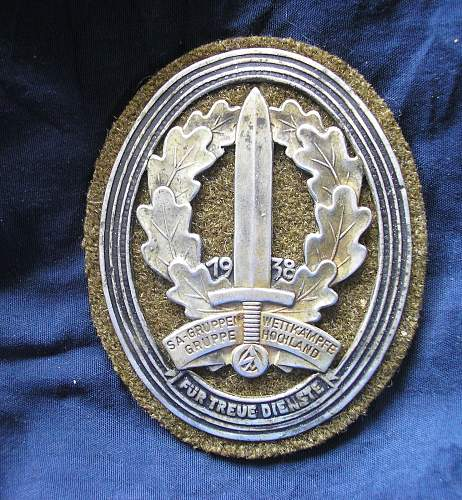 Unidentified sa badge