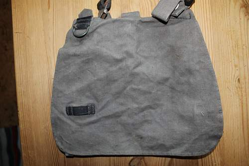 NSDAP bread bag and cross strap attached to it?