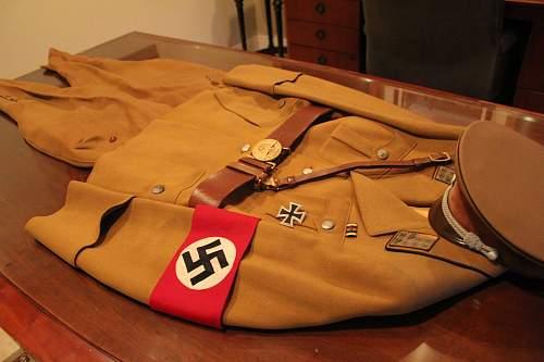 Click image for larger version.  Name:Kreis Uniform **1.jpg Views:30 Size:322.3 KB ID:863697