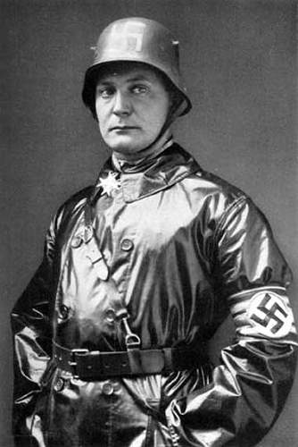 Click image for larger version.  Name:goering.jpg Views:14 Size:30.8 KB ID:868715