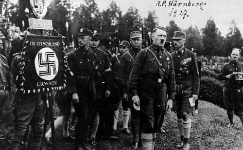 Click image for larger version.  Name:Bundesarchiv_Bild_146-1969-054-53A,_Nürnberg,_Reichsparteitag.jpg Views:15 Size:65.5 KB ID:868749