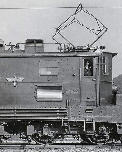 Need Opinions!  Railway Car Eagle - 23 1/2