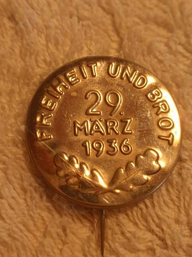Click image for larger version.  Name:Freiheit und Brot 29 März 1936_1.jpg Views:20 Size:137.8 KB ID:884989