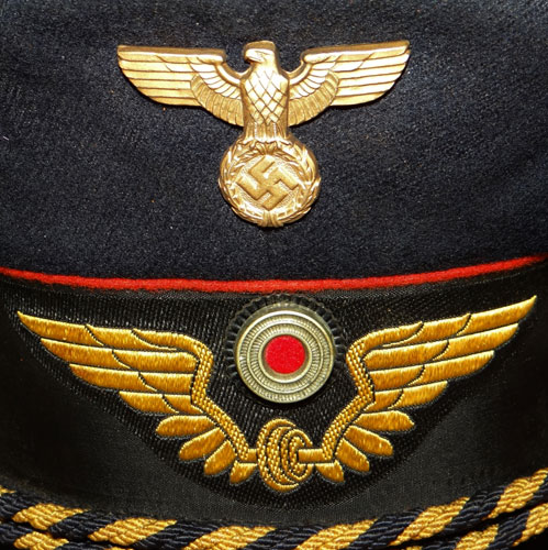 Deutsches Reichsbahn Uniform