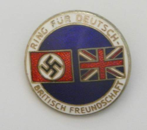 Fantasy pin + 1933 election badge