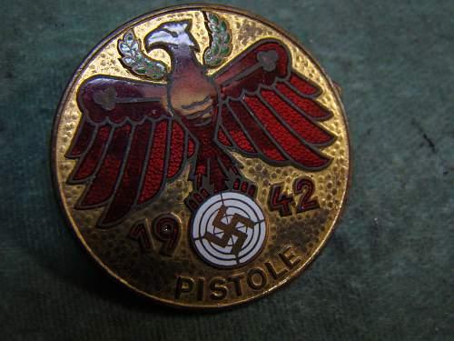 "1942 ""PISTOLE"" marksmanship award"