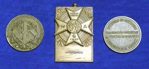 Click image for larger version.  Name:Three_Dutch_medals_1.jpg Views:59 Size:218.0 KB ID:930348