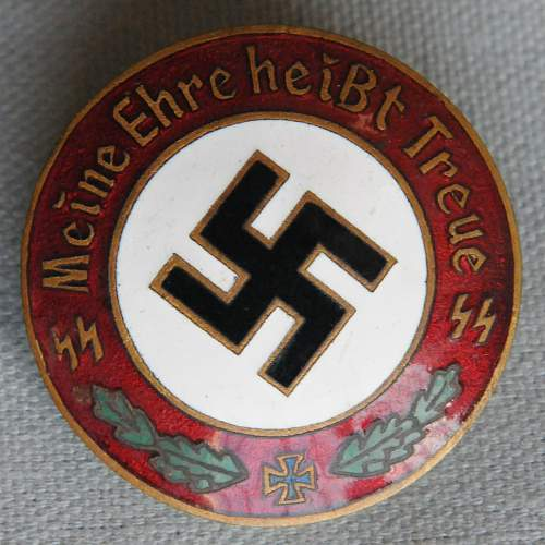 Click image for larger version.  Name:1 Meine Ehre heißt Treue (My honour is loyalty) SS Badge front.jpg Views:496 Size:204.3 KB ID:939161
