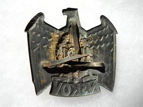 Another NSKOV cap insignia for review