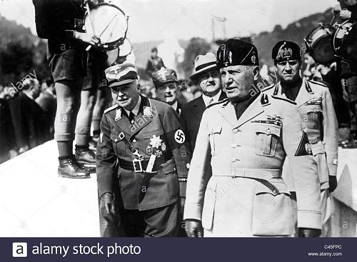 Click image for larger version.  Name:carl-eduard-von-sachsen-coburg-and-benito-mussolini-1938-C45FPC.jpg Views:7 Size:140.5 KB ID:956416