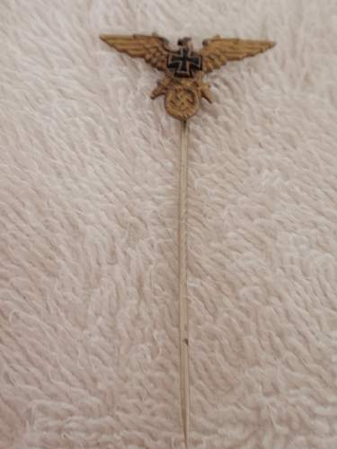 Stickpin  Eagle- with Swords