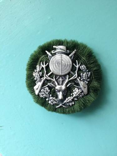 Civilan hunters badge ?