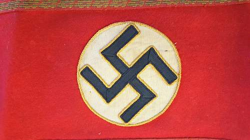 NSDAP Brassard; possibly a cell official.