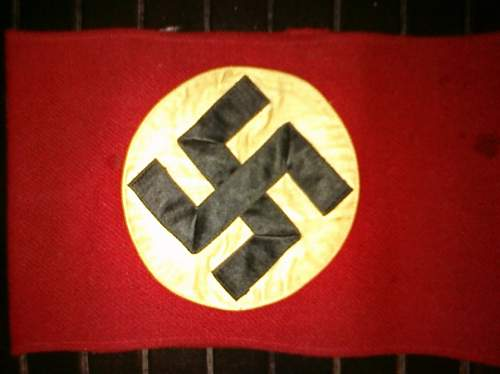 Help needed with NSDAP armband please