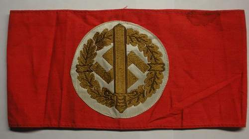 Click image for larger version.  Name:NSDAP - SA - Armbands5.jpg Views:70 Size:35.5 KB ID:172372
