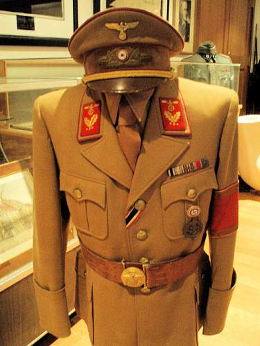 Click image for larger version.  Name:kustmann tunic, hat & gpb 006.jpg Views:15 Size:115.0 KB ID:609427