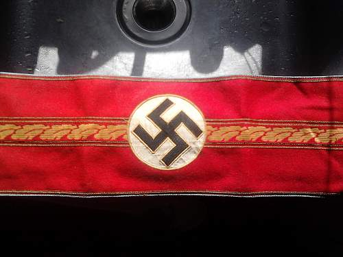 Political Armband - Authentic or Fake?