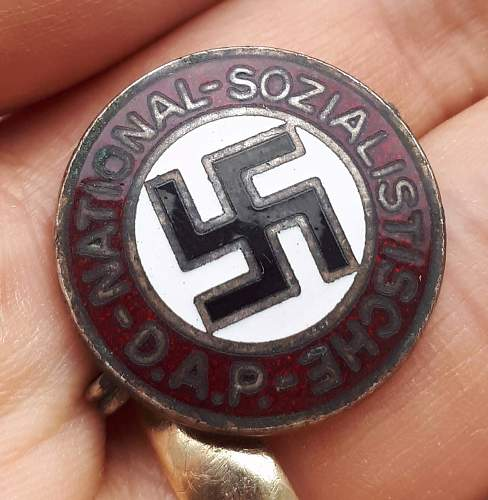 M1/129 NSDAP Parteiabzeichen