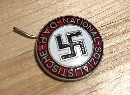 Badge NSDAP - is it real?