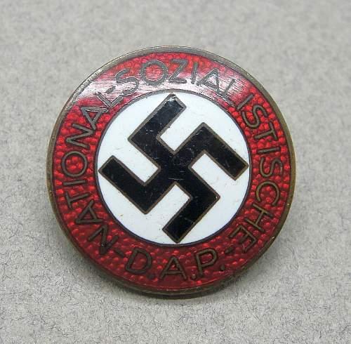M1/25 NSDAP Membership Badge Question
