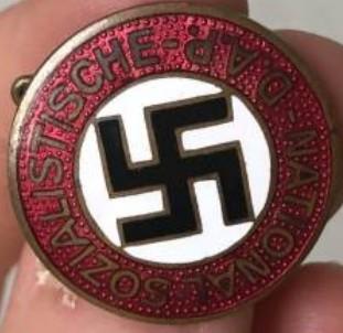 NSDAP Parteiabzeichen 75