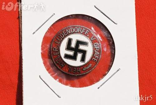 Party style pin:hitler-ludendorf enameled badge