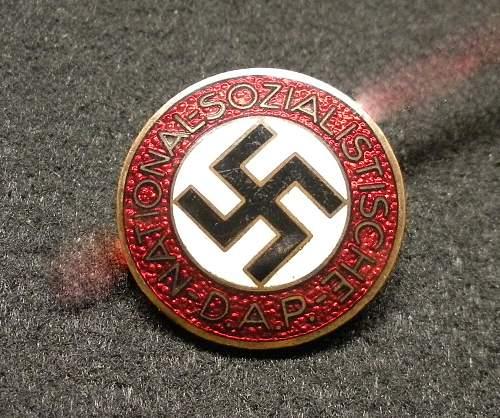 Parteiabzeichen der NSDAP for review
