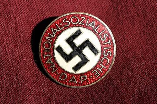 Parteizbzeichen NSDAP M1 Apreck & Vrage, Leipzig