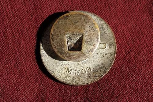Click image for larger version.  Name:NSDAP pins 076.jpg Views:136 Size:277.9 KB ID:320817