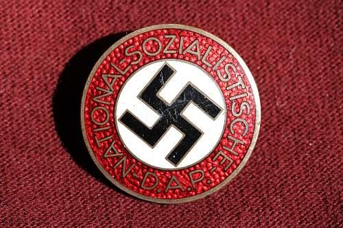 Click image for larger version.  Name:NSDAP pins 017.jpg Views:133 Size:274.3 KB ID:326170