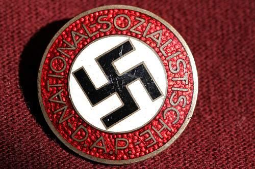 Click image for larger version.  Name:NSDAP pins 010.jpg Views:106 Size:269.8 KB ID:326177