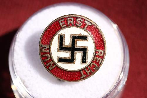 Click image for larger version.  Name:New Badges 245.jpg Views:182 Size:244.0 KB ID:336182