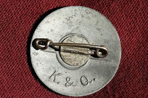 Click image for larger version.  Name:NSDAP pins 113.jpg Views:122 Size:272.3 KB ID:342459