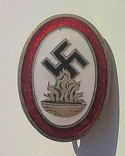 Click image for larger version.  Name:172) Opferrung Badge.jpg Views:46 Size:154.0 KB ID:364363